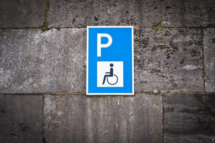parcheggio disabili-tagliando disabili-pass disabili-parcheggio per persone con disabilità-ability channel-contrassegno-contrassegno disabili