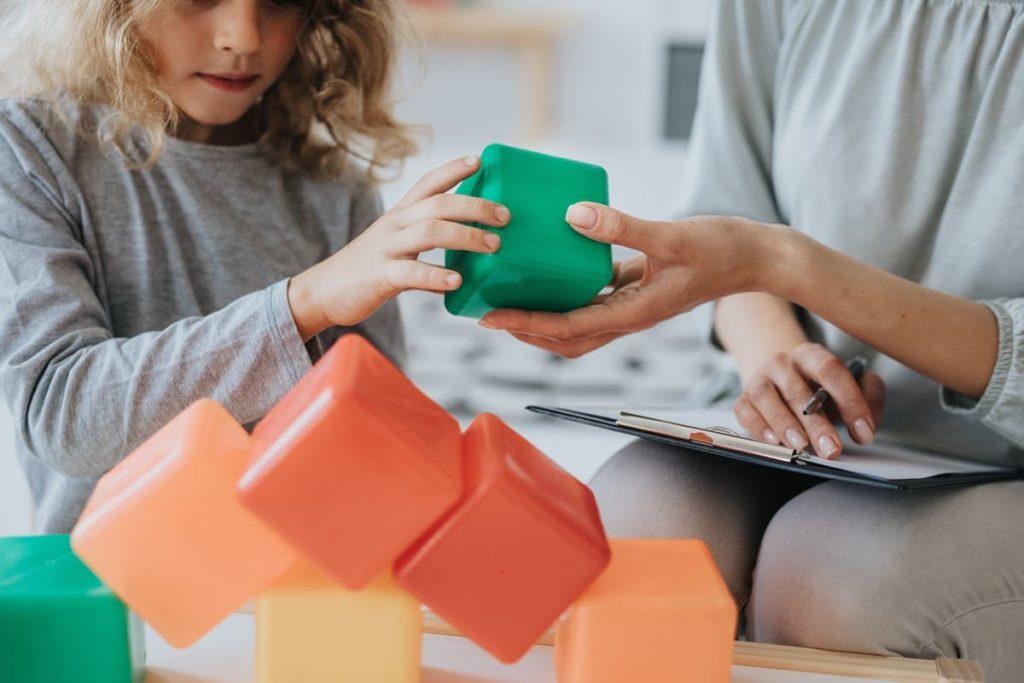 come riconoscere un bambino autistico