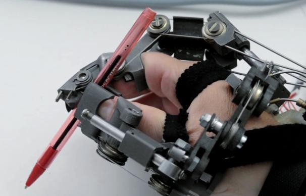 Esoscheletro della mano