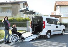 Opel Combo per trasporto persone con Disabilità