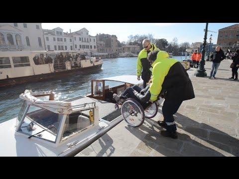 Imbarcazioni attrezzate per disabili a Venezia