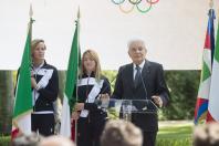 Mattarella consegna a Martina Caironi il tricolore per Rio 2016