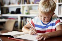 Dislessia, estate e compiti per le vacanze: consigli utili