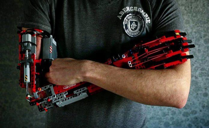 hand solo-lego-protesi lego-protesi braccio-braccio lego-ability channel-ausili disabili-protesi braccio lego