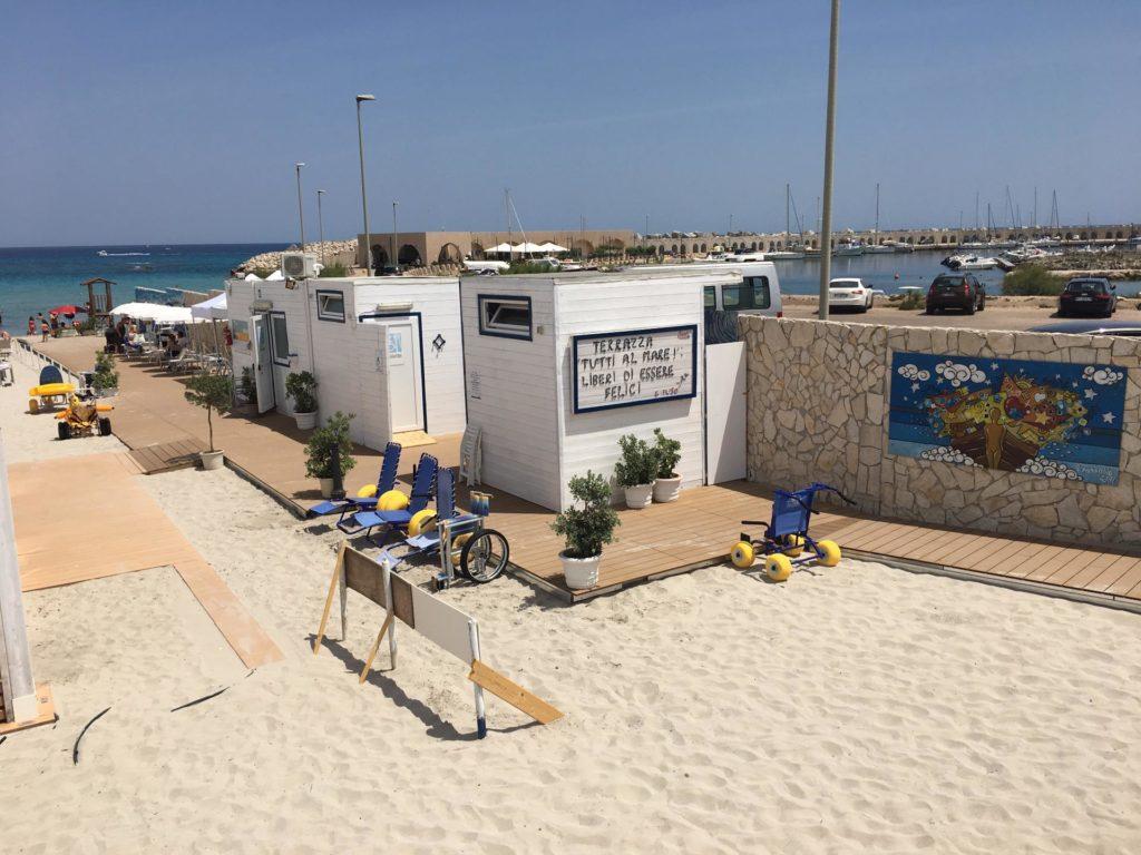 """La Terrazza """"Tutti al mare""""! spiaggia accessibile salento"""