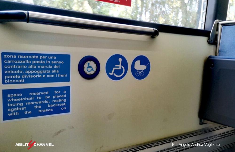 posto disabili sugli autobus atac di roma