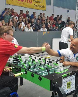 calcio balilla paralimpico partita