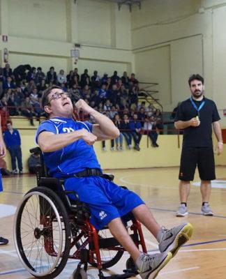 baskin carrozzina inclusione disabilità