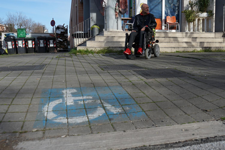 Rampe disabili, un simbolo contro i furbetti del parcheggio ability channel