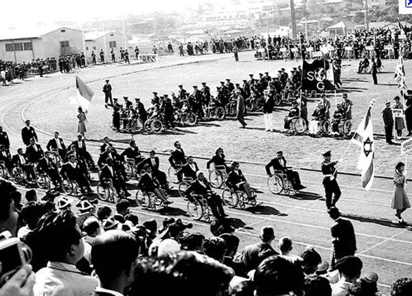 Storia delle paralimpiadi Tel Aviv 1968 parata