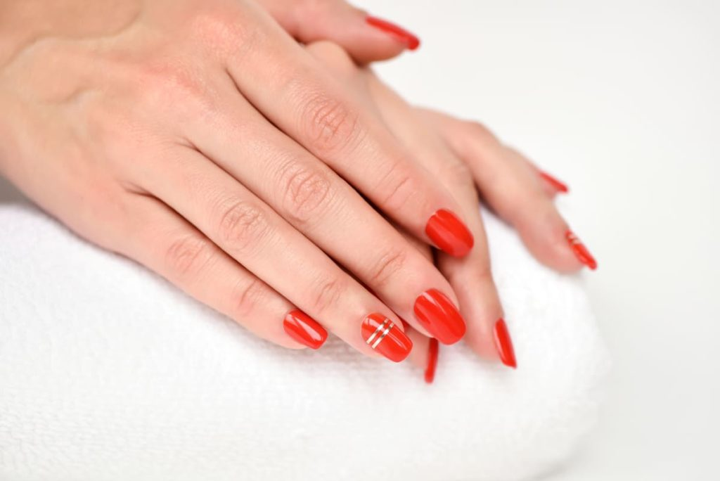 mano senza psoriasi alle unghie