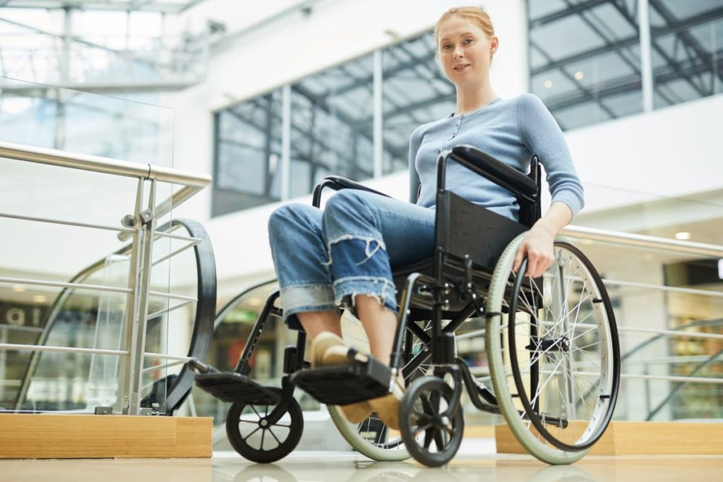 donna con disabilità