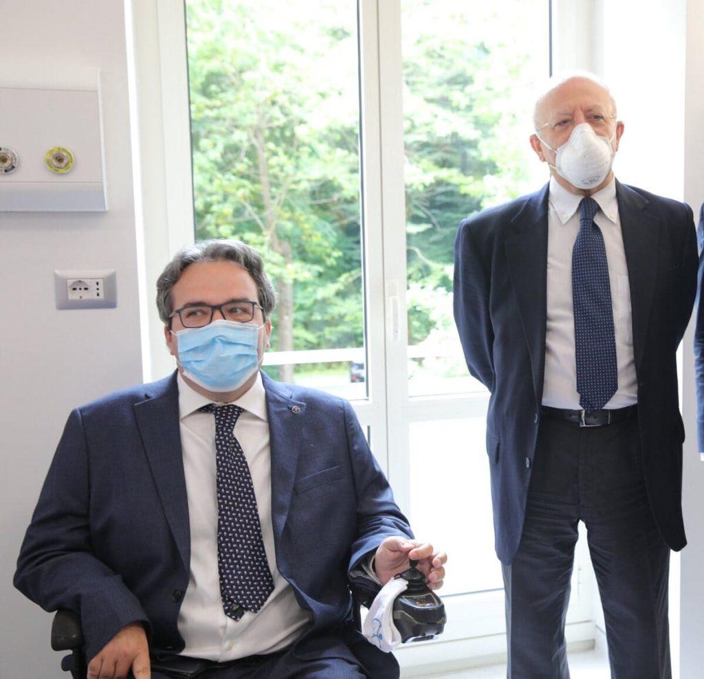alberto fontana presidente centro clinico nemo e vincenzo de luca presidente regione campania