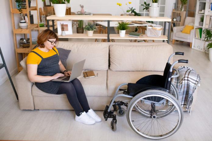 disabile cerca pensioni invalidità civile
