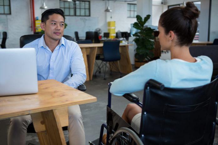 donna disabile si informa per articole 26 decreto cura italia