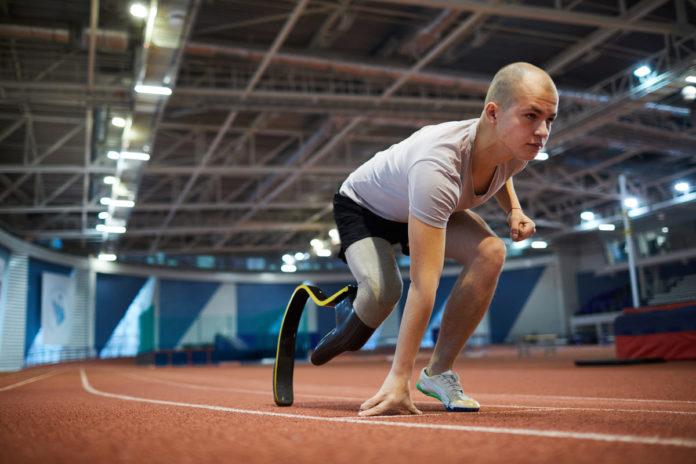 atleta si prepara nella sede tokyo 2020