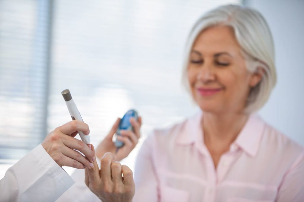 medico misura valori glucosio