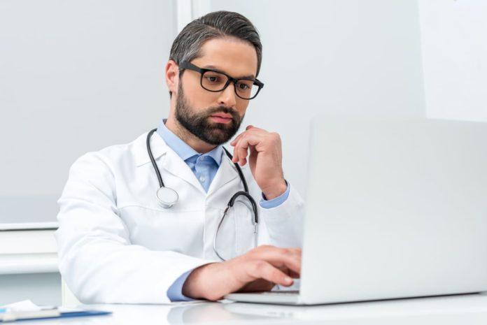 dottore studia enzima alt