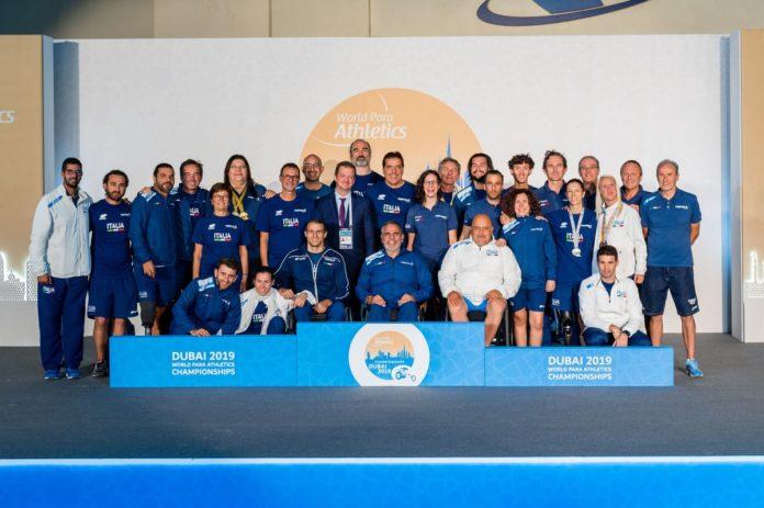 atleti di atletica leggera paralimpica