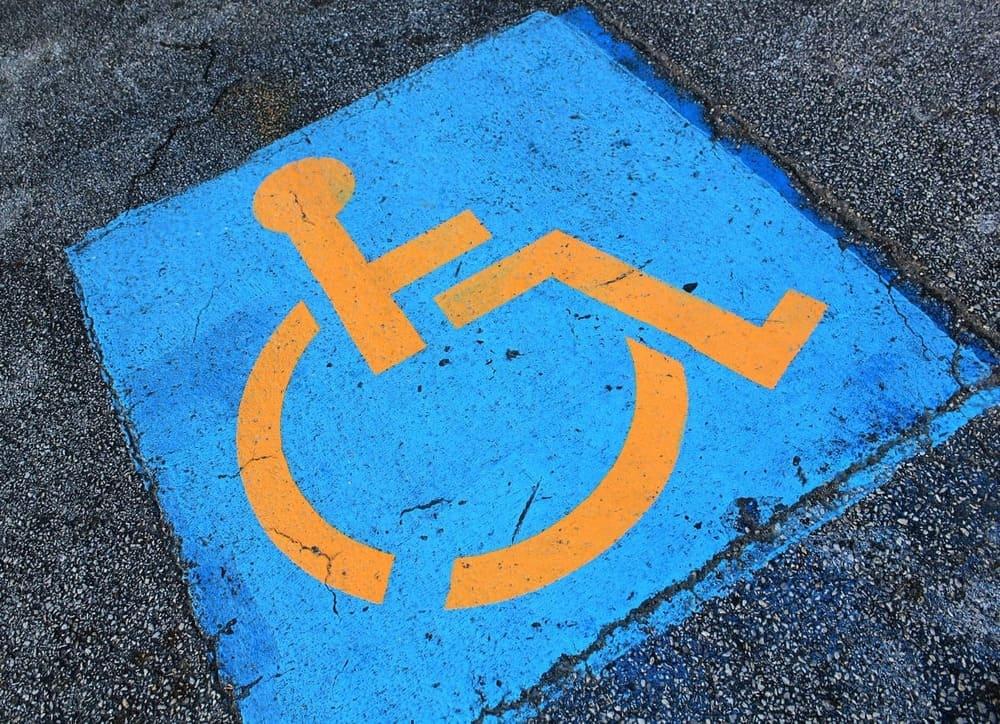 legge di bilancio parcheggi disabili