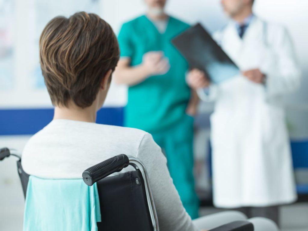 benefici e agevolazioni invalidità civile 67 per cento