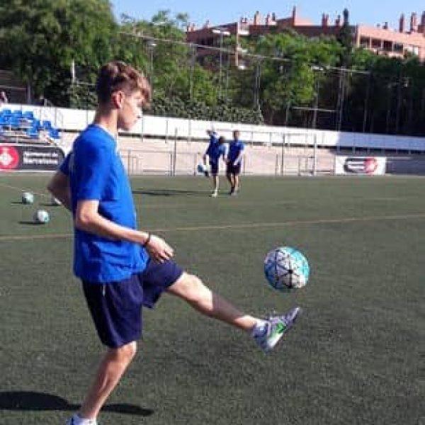 calcio disabilità ragazzo pallone